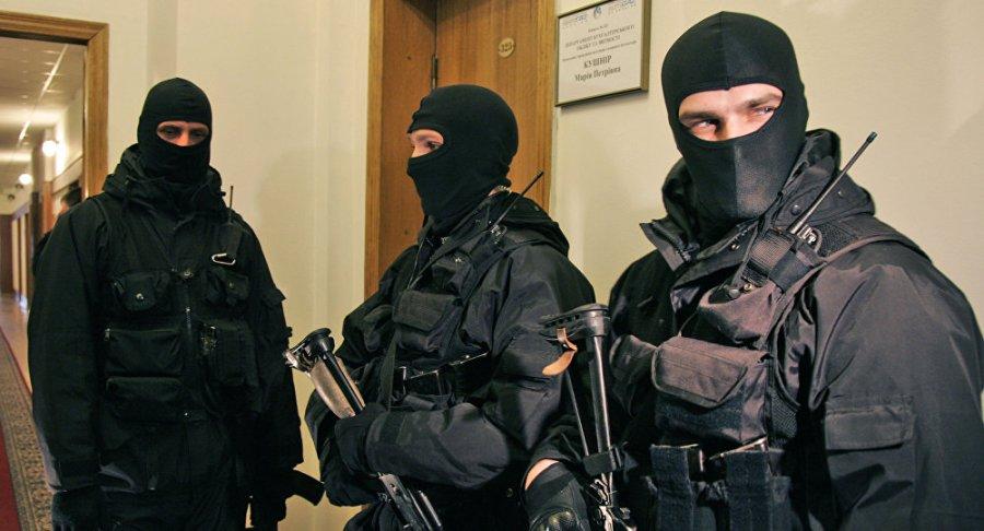 UKRAINE Le service de sécurité d'Ukraine fait irruption dans l'agence russe RIA Novosti à Kiev1036383935