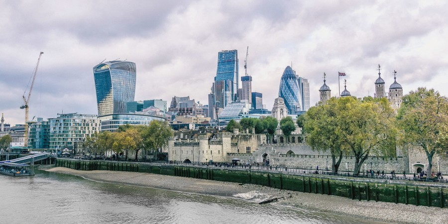 la city de Londres adobestock-127138531_1_1400_700