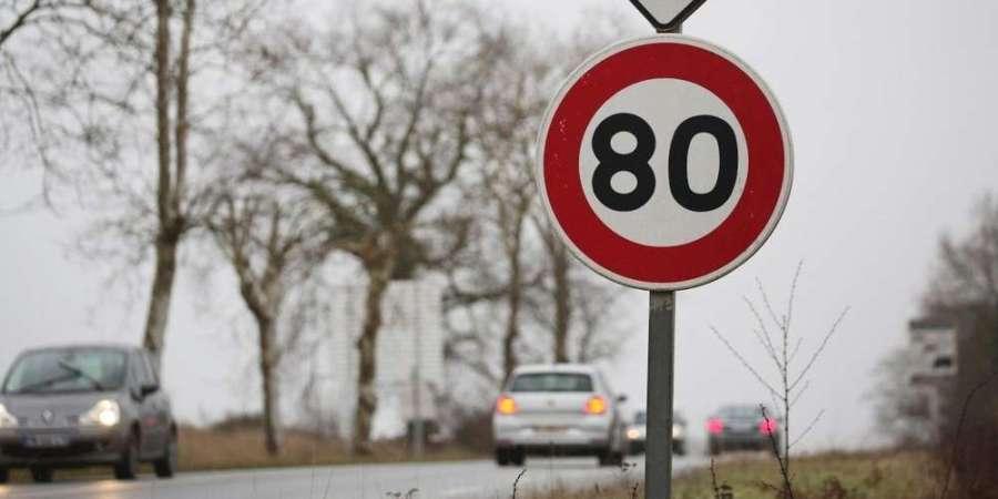 la-vitesse-sera-limitee-a-80-km-h-sur-les-routes-secondaires-depourvues-de-separateur-central