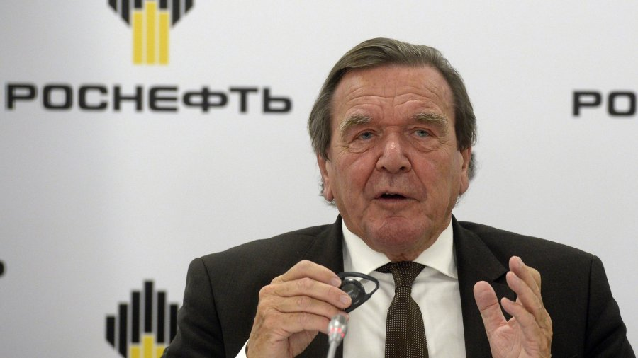 RUSSIA-GERMANY-ENERGY-POLITICS-ROSNEFT-SHAREHOLDER