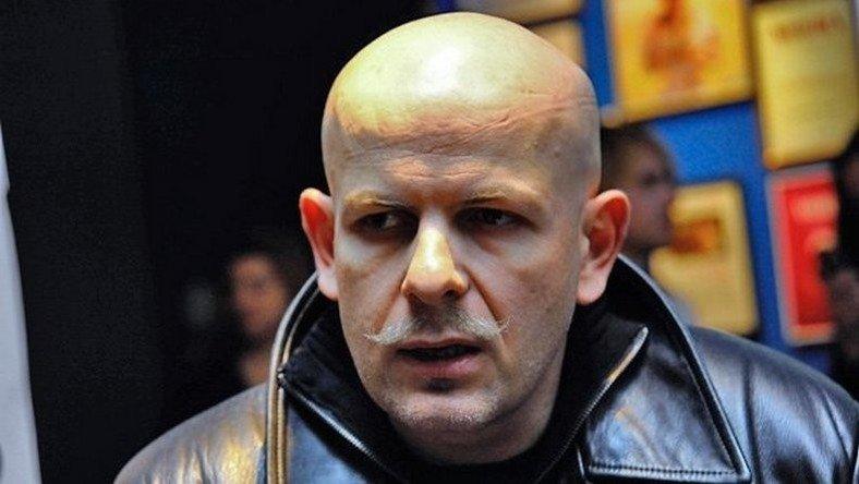 UKRAINE Oles Bouzina, présentateur ukrainien, connu pour sa critique envers Kiev, a été abattu 552f9f5bc46188871a8b45ac
