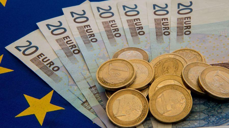 euro la-grece-a-rembourse-a-la-bce-3-4-milliards-d-euros_5400153