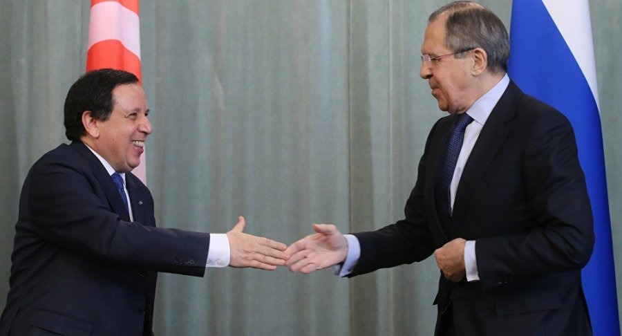 russie sergueï lavrov et son homologue tunisien khemaies jhinaoui 1039789367