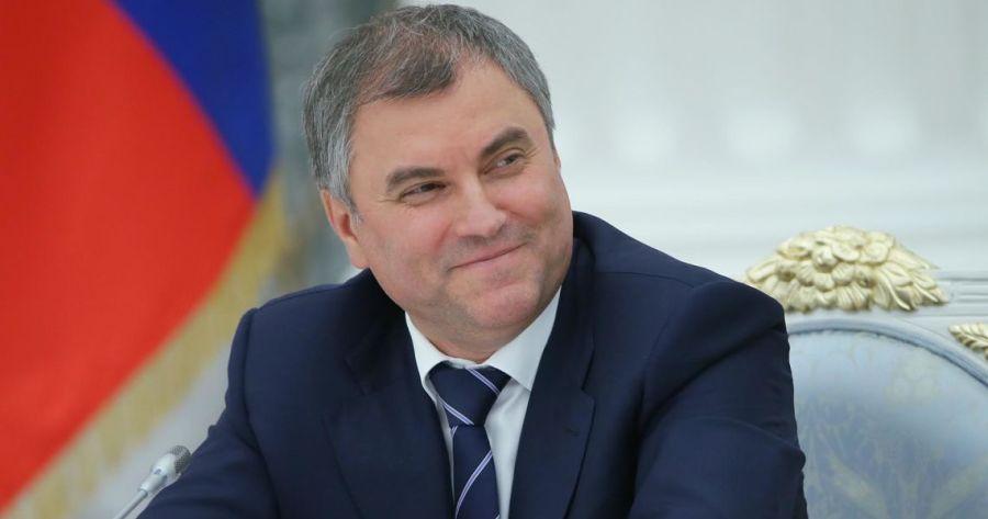 russie viatcheslav volodine est enfin sorti sur l_avant-scène depuis que poutine l'a nommé président de la douma.voloooo_opt