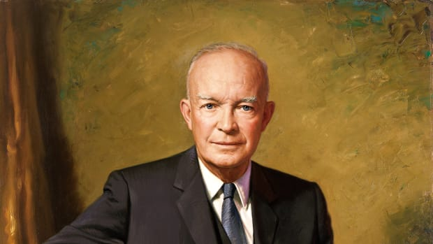 USA le Président Dwight Eisenhower   dwight_d-_eisenhower_official_presidential_portrait-2.jpg