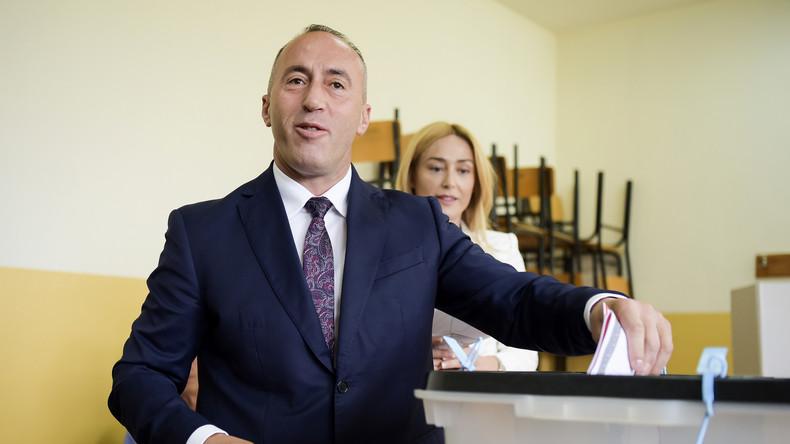 KOSOVO Le nouveau Premier ministre s'appelle Ramush Haradinaj. Ancien chef de la guérilla ... 59b282a1488c7b5e488b4567