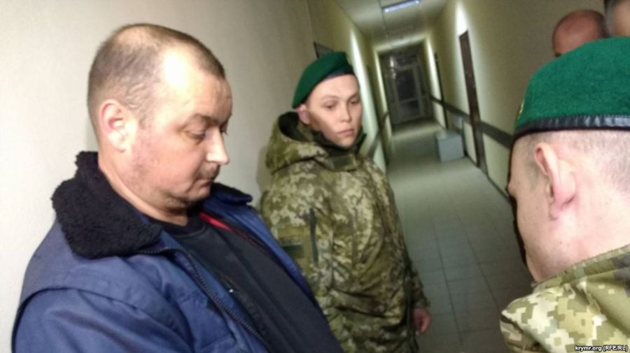 russie ukraine Vladimir Gorbenko, the captain of arrested Kerch-registered fishing vessel Nord remains in custody despite the bail bond posted for him April 6original