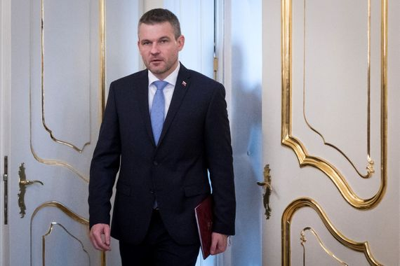 slovaquie Premier-ministre-slovaque-Peter-Pellegriniune-reunionle-president-Bratislava-15-2015_1_1399_933
