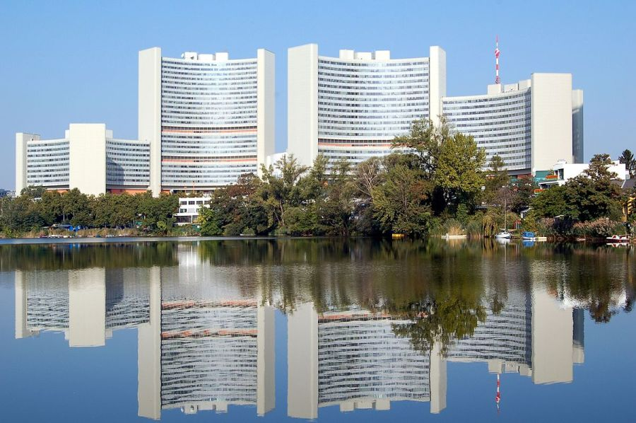62e session de la Commission des stupéfiants des Nations unies à Vienne. 1200px-Uno_City_Kaiserwasser