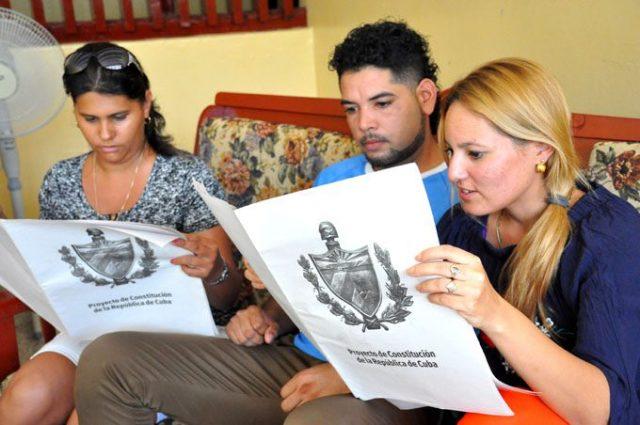 CUBA Constitución-Cuba-680x452-640x425