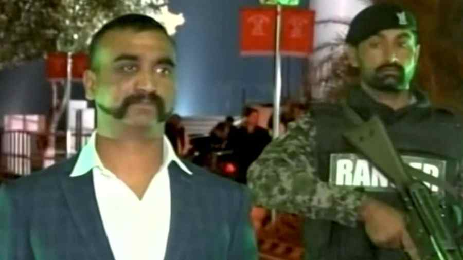INDE PAKISTAN pilote-indien-retour-inde-images-abhinandan
