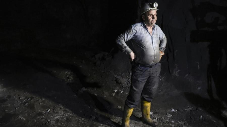 KOSOVO après la guerre entre forces de Belgrade et indépendantistes kosovars (1998-99), cet homme de 59 ans approuve la prise de contrôle formelle fin 2016 par le Kosovo du groupe industrialo-minier Trepca,