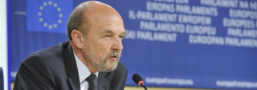 pologne l'eurodéputé Ryszard Legutko legutkoryszard-legutkoslide-15-pologne