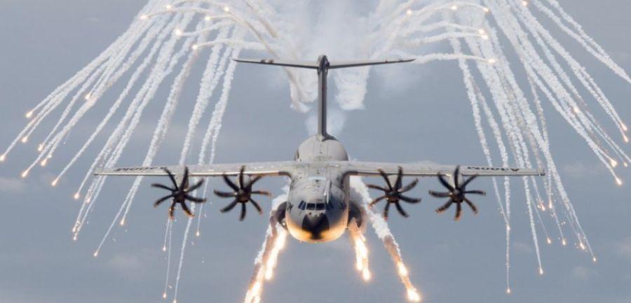 UE AIRBUS ARMEE TRANSPORT cover-r4x3w1000-578dc9d1b4d49-l-avion-de-transport-militaire-a400m-victime-de-deboires