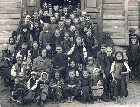 UKRAINE FAMINE DE 1933 33-0