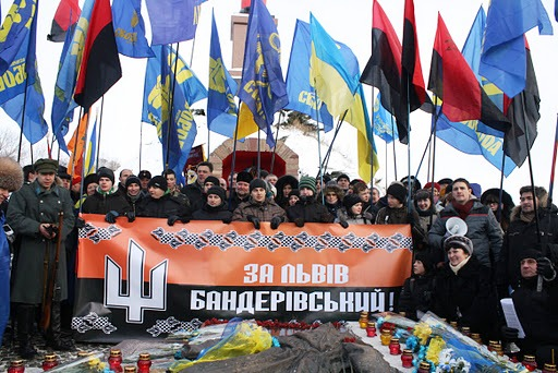 UKRAINE manifestants-svoboda-04