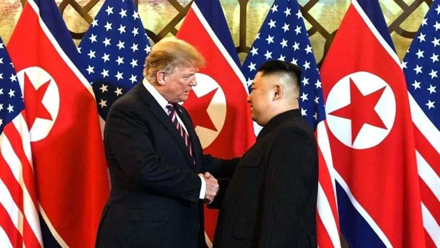 USA COREE NORD trump-kim-handshake_624341_highres