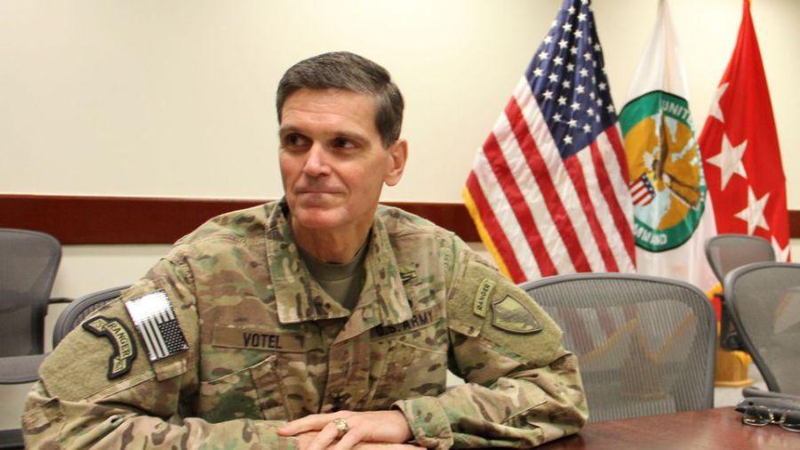 USA le-general-americain-joseph-votel-dans-une-base-indeterminee-dans-le-sud-ouest-de-l-asie-le-27-octobre-2016_5735633