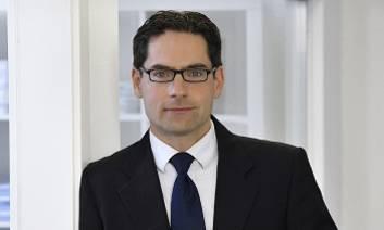 ECONOMISTE Dr. Matthias Kullas