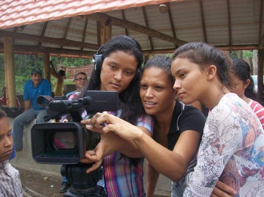VENEZUELA COTE PEUPLE terratvAteliers de formation de Terra TV