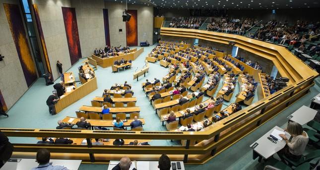 PAYS BAS Parlement néerlandais genocide