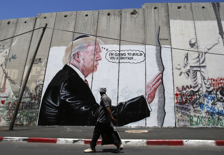 PALESTINIAN-ISRAEL-US-BARRIER-TRUMP