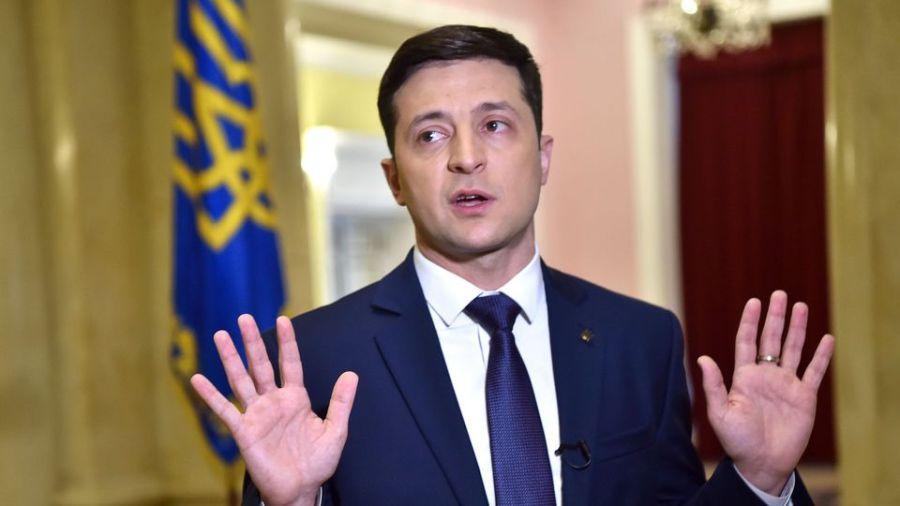 UKRAINE le-comedien-et-candidat-a-la-presidentielle-ukrainienne-volodymyr-zelensky-lors-d-un-entretien-avec-l-afp-sur-les-lieux-du-tournage-d-une-serie-televisee-a-kiev-le-6-mars-2019_6158950