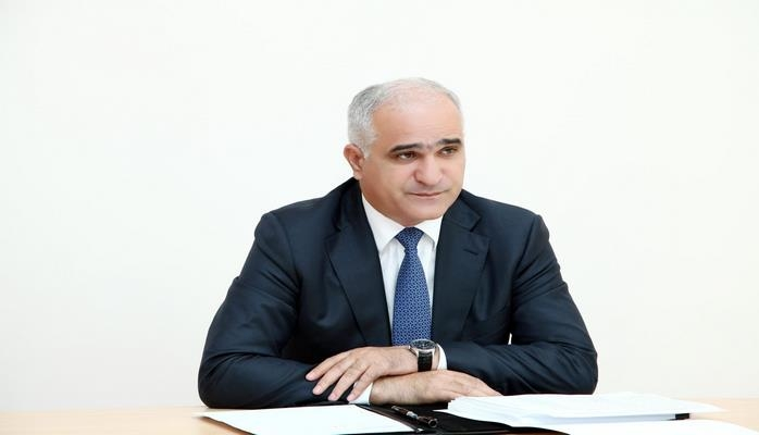 azerbaidjan Ministre azerbaïdjanais de l'Économie Chakhin Moustafaev 095bbb262f16e3a2382296c8b7c905dc
