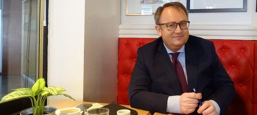 FRANCE jean-yves-leconte-senateurJean-Yves Leconte, Sénateur des Français établis hors de France (PS).