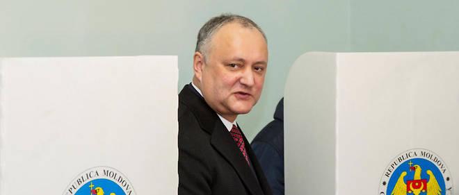 Moldavie le président refuse la dissolution du Parlement, le pays a deux gouvernements18931406lpw-18931874-article-jpg_6272421_660x281