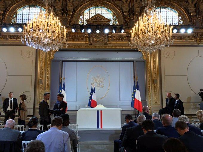 FRANCE CONFERENCE DE PRESSE DU PRESIDENT 2019 D5AlUBiXoAEGxql