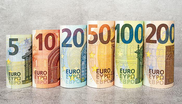 517711_9244077_Euro_updates