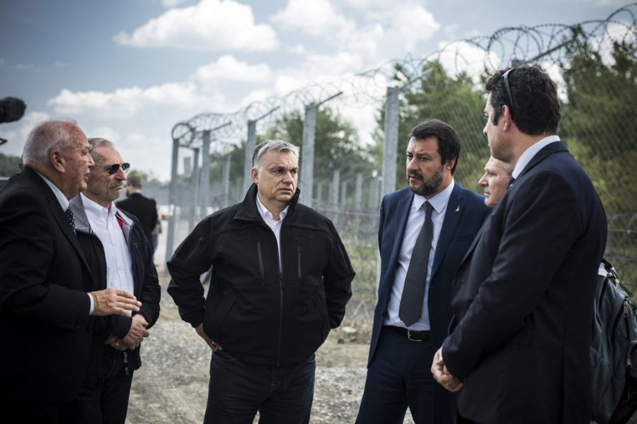 ITALIE HONGRIE Interior minister Sándor Pintér, Viktor Orbán and Matteo Salvini at the Röszke border fence. Photo by Balázs Szecsődi PM's Press OfficeD_MTI20190502011-1024x683