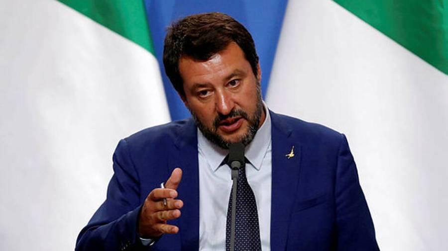 Le ministre de l'Intérieur italien, Matteo Salvini, lors d'une conférence de presse en Hongrie, le 2 mai 2019. BERNADETT SZABO REUTERS a67198e0843d10d734258a0a61b4878