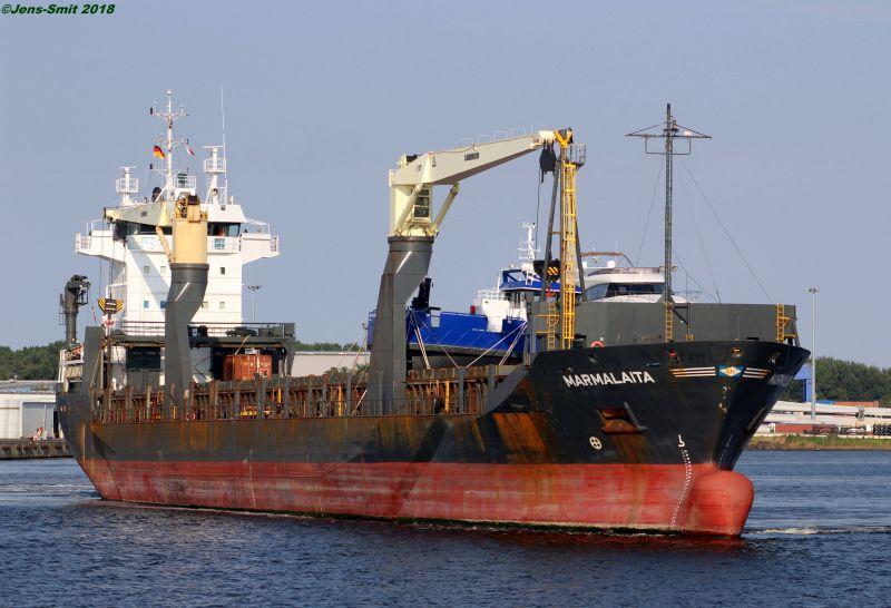 marins russes enlevés le 15 août en rade de Douala 5d5fe6cb0515b566438530