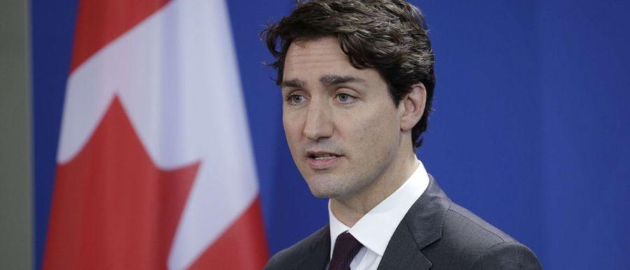 CANADA les-fesses-de-justin-trudeau-le-premier-ministre-canadien-font-le-buzz