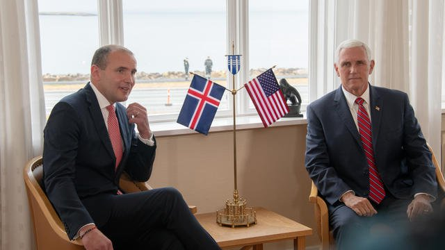 Islande, le Vice-Président américain Pence 000_1k06hw_5d726509f07a4