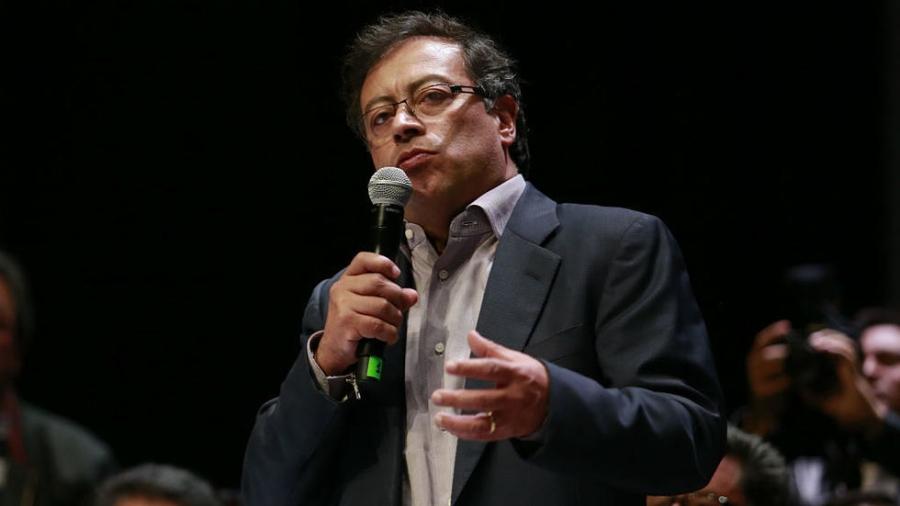 COLOMBIE Gustavo Petro est le premier candidat de gauche à se hisser au second tour de l'élection présidentielle en Colombie. John Vizcaino, AFP 15062018_petro_gauche_colombie