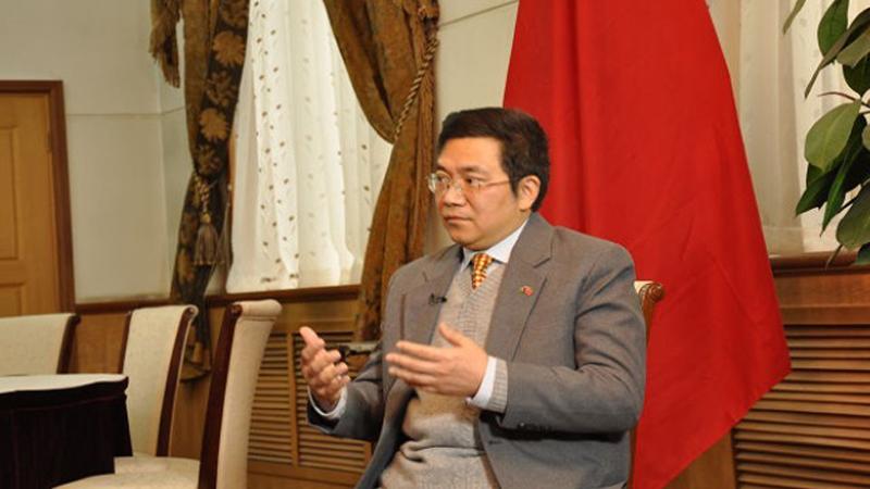 Deng-Xijun Deng Xijun, envoyé spécial du Ministère chinois