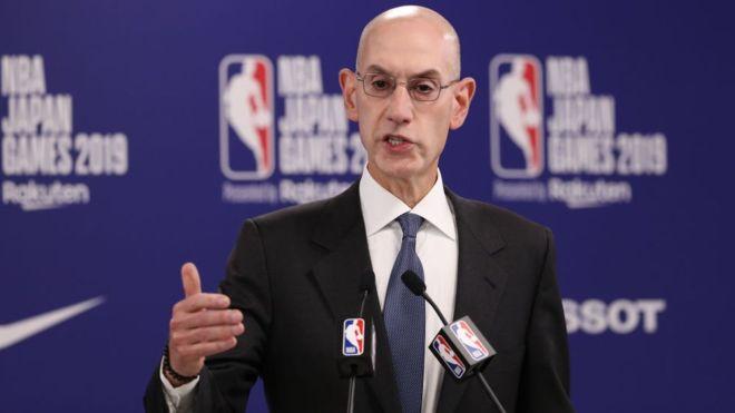 Le président de la NBA, Adam Silver,_109157420_adamsilver