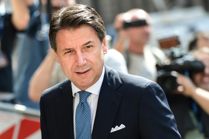 premier-ministre-italien-Guiseppe-Conte_0_729_486