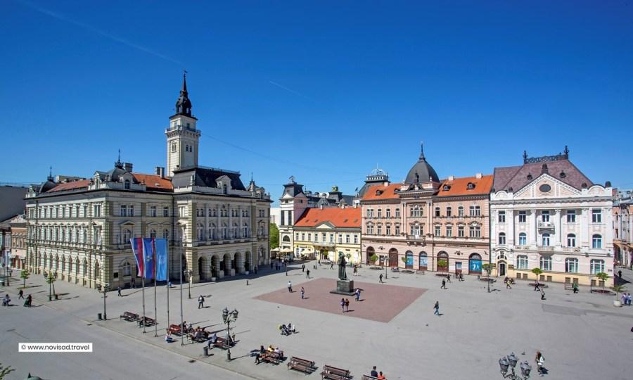 Serbie Novisad en serbie du nord trg-slobode-wwwnovisadtravel