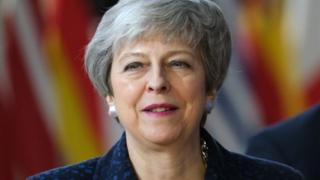 theresa may _106124172_c72d6cdb-75e6-416c-8c72-de1cce429de7