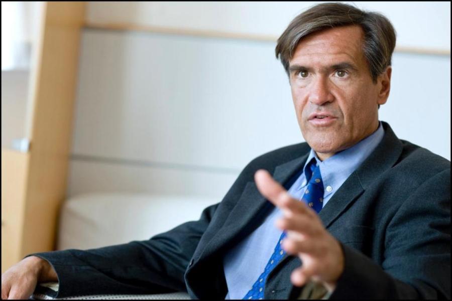 UE Juan Fernando López Aguilar lors de notre interview sur l'avenir de l'espace Schengen. 20110502PHT18558-cl