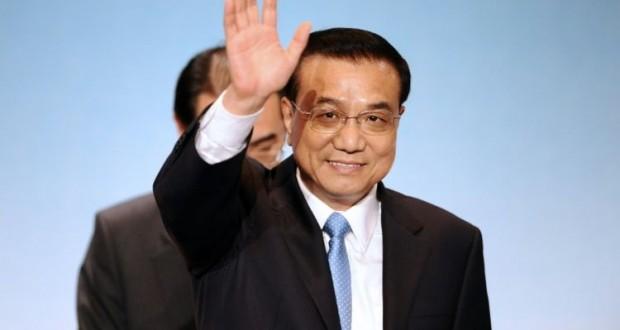 803077-le-premier-ministre-chinois-li-keqiang-lors-du-sommet-franco-chinois-a-toulouse-le-2-juillet-2015-620x330