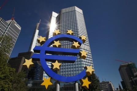 bce 93747664_le-siege-de-la-banque-centrale-europeenne-bce-a-francfort-le-5-septembre-2013