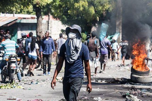la situation à Haïti 5dc1988d10ffc_000_1lt4y2-1207287