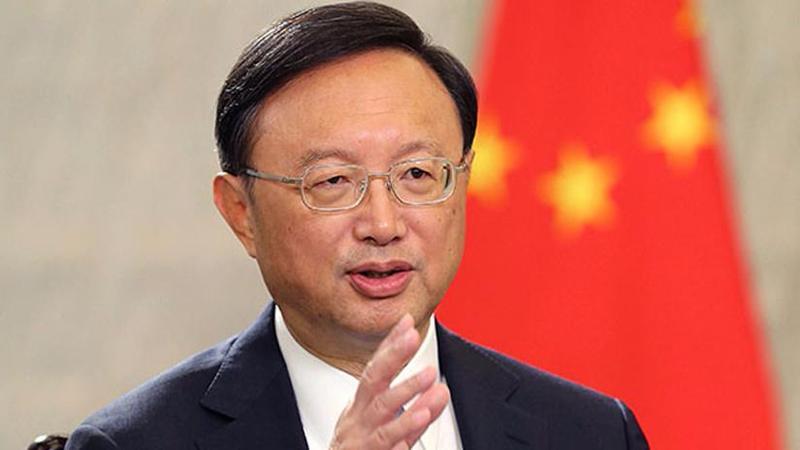 CHINE Yang Jiechi, membre du Bureau politique du Comité central du PCC e65769_61306_800_auto_jpg