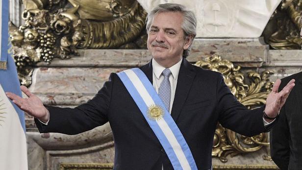 TOPSHOT-ARGENTINA-INAUGURATION-FERNANDEZ