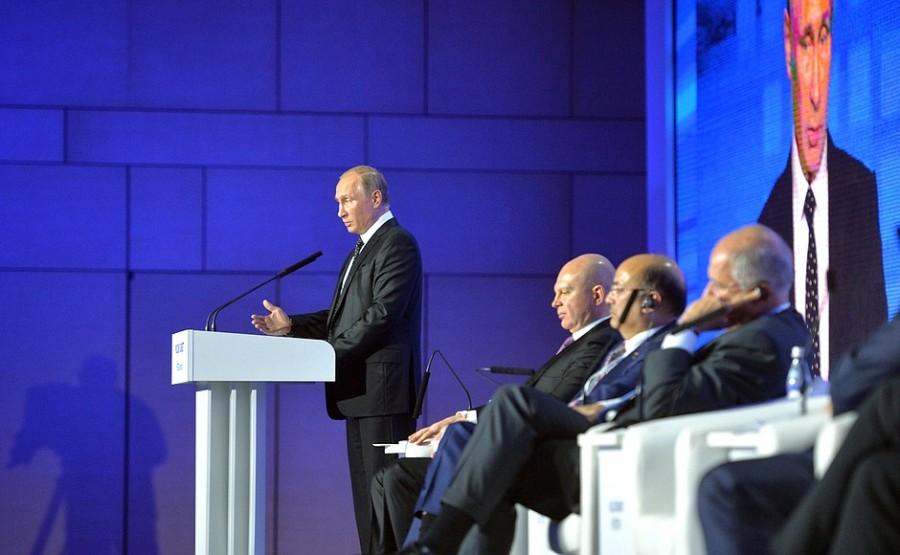 RUSSIE 20161016-Vladimir-Poutine-au-forum-dinvestissement-Russia-Calling-Image-Kremlim.ru_